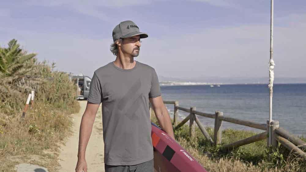 Sous la peau avec le surfeur des océans Fred Bonnef